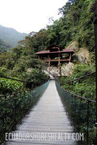 Banos Hanging Footbridge