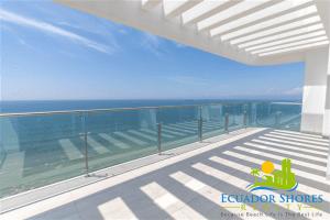Buzios Penthouse Manta Ecuador  1