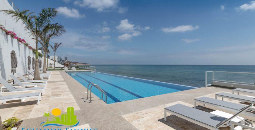 Ibiza 2/2 beachfront condo – Ocean/city/mountain views!